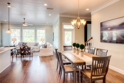 Dining Area - Welcome to scenic 30A and the beautiful community of Inlet Beach! Savor home-cooked meals at the 6-person dining table. Located on the 2nd floor.