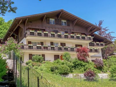 Photo for Apartment Chalet Im Klusi in Grindelwald - 5 persons, 2 bedrooms