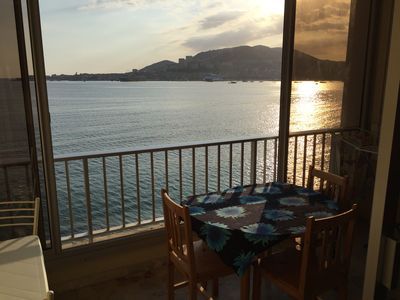 Photo for Studio facing the bay of Ajaccio, direct access to beach, near downtown