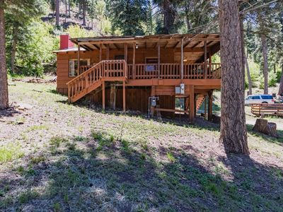 Photo for Bristle Pine: 2 Bedroom with a Hot Tub in the Upper Canyon!