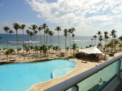 Photo for Comfortable, beautiful, spacious apartment beachfront with a STUNNING VIEW