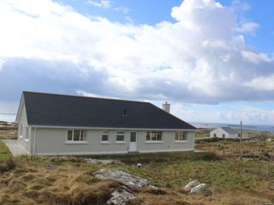 Photo for Stunning bungalow beside beach