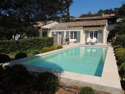 Photo for Peninsula St. Tropez - Beautiful Provencal villa with pool