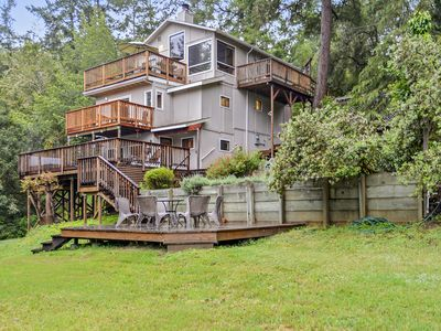Photo for Hummingbird House in the Heart of Wine Country! Hot Tub, Dog Friendly, Fun!