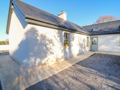 Photo for LONGFIELD LODGE, family friendly in Firies, County Kerry, Ref 998960