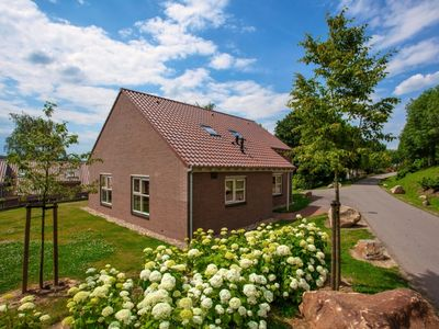 Photo for Luxury 12-person bungalow in the holiday park Landal Hoog Vaals - in the mountains/rolling countryside