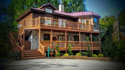 """Photo for ENJOY ***** """"THE VIEW"""" - ELEGANT, PET FRIENDLY, 3 KING BEDS AND GORGEOUS SCENERY"""