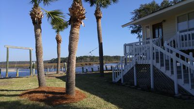 Photo for Sunny Serenity- boat, bicycle, bird watch! PetFriendly, Coastal GA, River Front
