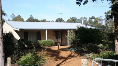 Photo for Avoca Cottage - peaceful rural getaway