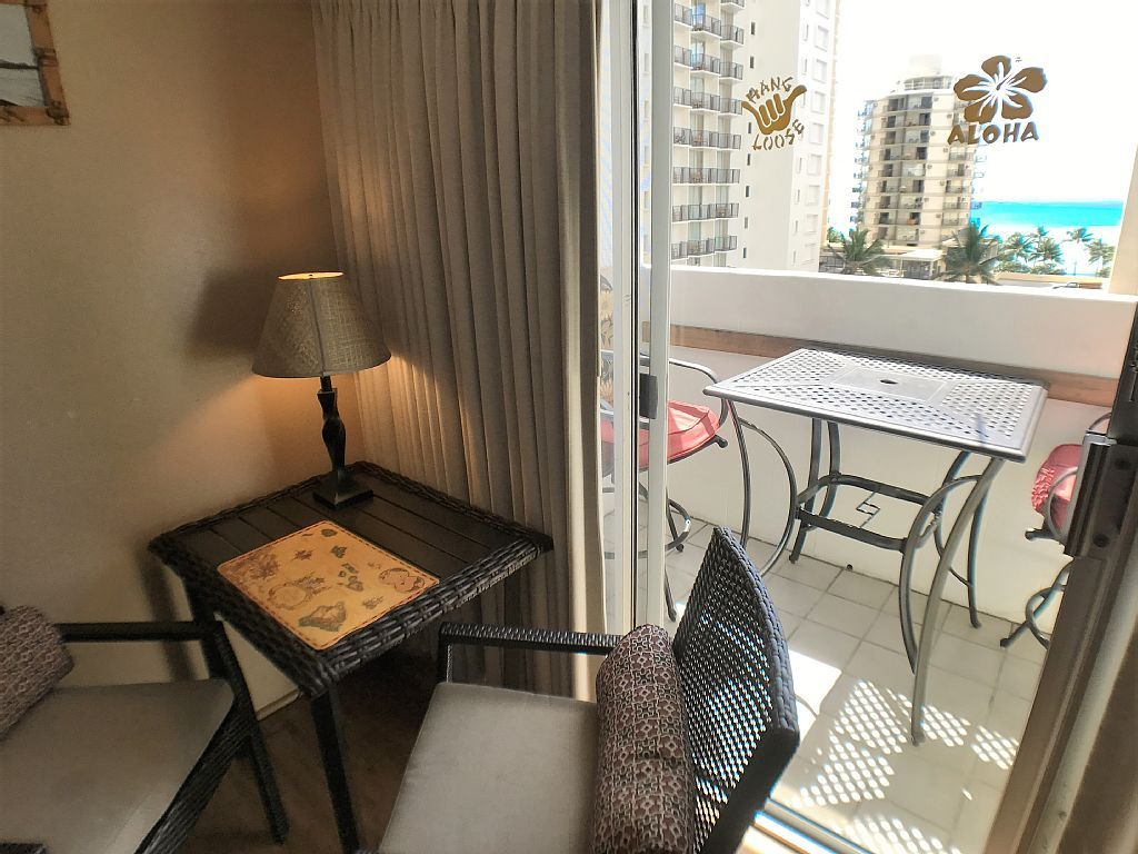 Ocean View Waikiki Home Away From Home!!!