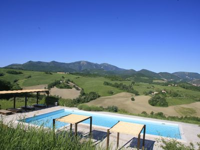 Photo for Apartment with swimming pool near Urbino / Gubbio / sea-10% by December 2019