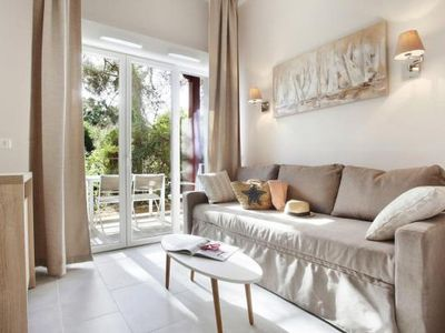 Photo for Residence Prestige Les Canissons, Cavalaire-sur-Mer  in Var - 6 persons, 2 bedrooms