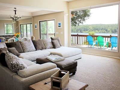 Lakefront Home, Games Room, Theater Room, Hot Tub, Kayaks, Expansive Lake View