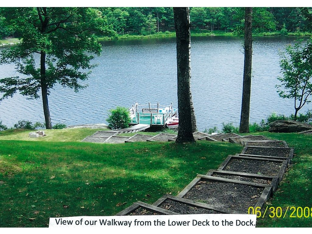 Lakefront Pocono Year Round Vacation Rental Home Lords Valley Pennsylvania