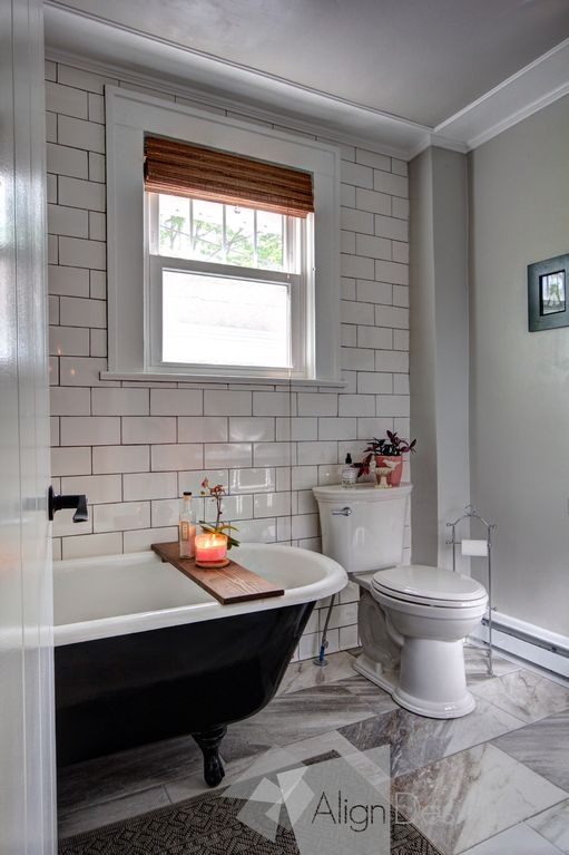 Private Room with private bath in A Charming Asheville Bungalow