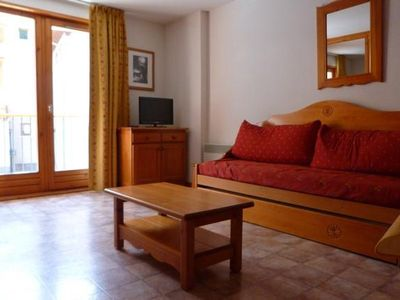 Photo for Wifi, 100m from resort center, 1st floor, view mountain, balcony, parking, tv, ski locker, 39m²