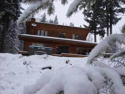 Winter at Elements Chalet! The Hot Tub is waiting for YOU!