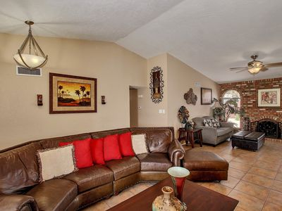 Photo for Spacious Renovated Mesa Beauty