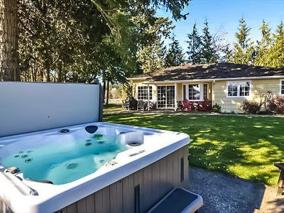 Photo for WONDERFUL WATERFRONT GUEST HOME AT DEER HARBOR ON ORCAS ISLAND. HOT TUB & PET