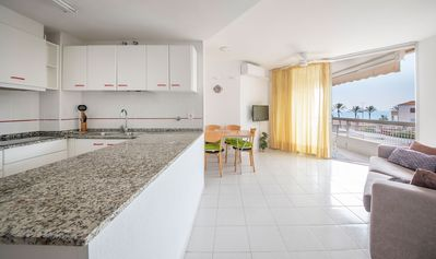 Photo for R98 Beachfront Apartment with terrace in Calafell