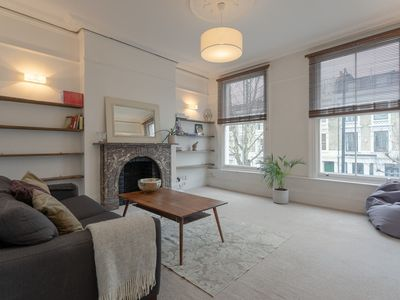 Photo for 1 Bedroom Flat on Portobello Road Notting Hill