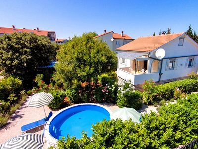 Photo for This 2-bedroom villa for up to 5 guests is located in Krk Island and has a private swimming pool, ai