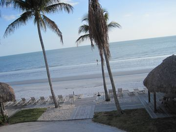 The Shores of Fort Myers Beach (Fort Myers Beach, Florida, United States)