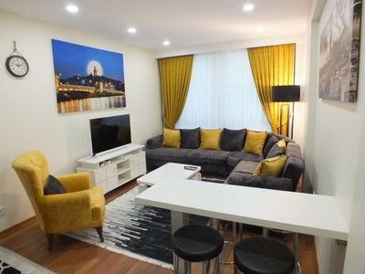 Photo for Central cozy flat with terrace & sea view