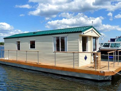 Photo for Houseboat for max. 4 + 2 persons - houseboat