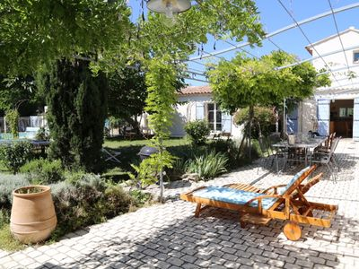Photo for Studio 35m2 in old renovated provencal sheepfold
