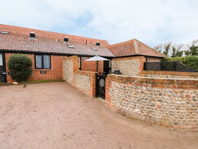 Photo for HITCHENS COTTAGE in Happisburgh, East Anglia, Ref 998185