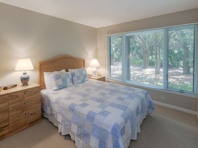 Photo for Awesome Kiawah 3 bedroom Condo- 5 MINUTES to BEACH!