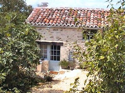 Photo for Charming stone cottage in quiet with picine
