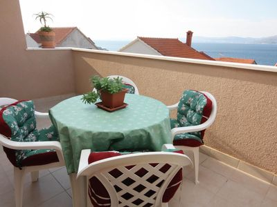 Photo for One bedroom apartment with terrace and sea view Postira (Brač)