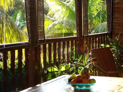 The bungalow is set in quiet tropical surroundings