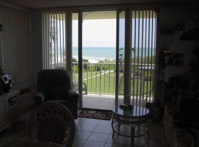 Unobstructed View of the Gulf from the Dining Table. Also, Dining from the lanai