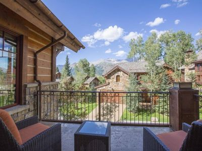 Photo for Brand new Elkstone condo located just off of the Double Cabins ski run. Luxurious with stunning outd