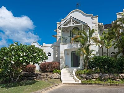 Photo for Luxury Villa with Sea Views