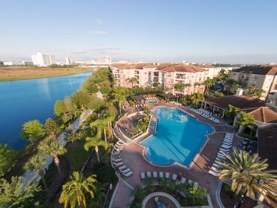 Photo for Beautiful Deluxe Condo, Vista Cay, Orlando | 3006