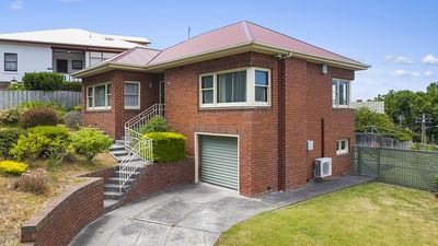 Photo for Spacious Battery Point house in a great location