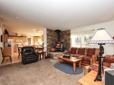 Photo for Comforts of home, Walk to the National Forest, Hot Tub, Pool Table, Pet Friendly!