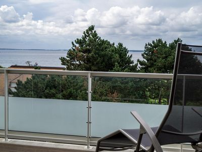 Photo for Modern penthouse apartment for 2 people in a great location overlooking the sea.