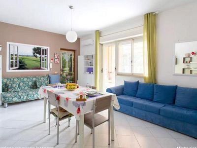 Photo for Very nice and bright apartment at 1200 meters from the beach, 5 seats