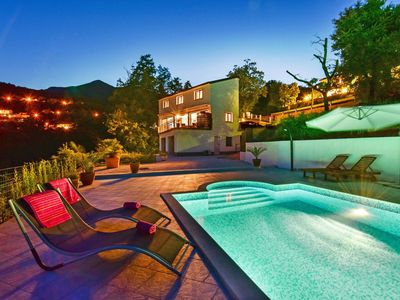 Photo for Lovely apartment for 8 guests with hot tub, A/C, WIFI, private pool, TV and parking