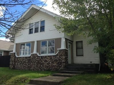 Photo for Big 5br 2ba home-short walk to ND-great for big groups!