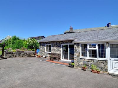 Photo for The Old Stables is in the perfect location for a couple looking for town centre facilities yet with
