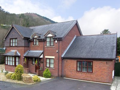 Photo for 5BR Cottage Vacation Rental in Llangollen