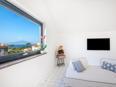Photo for Luxury Ivy Penthouse in a brand new condo near Sorrento, with sea view, pool, 2 bedrooms