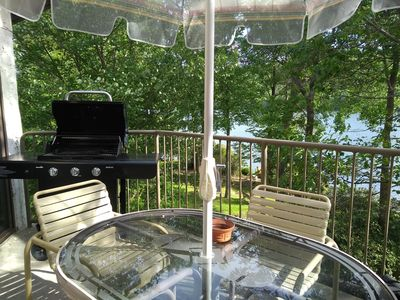 Spectacular Newly Renovated 4 BR Lakefront Penthouse Big Boulder Lake - Views!
