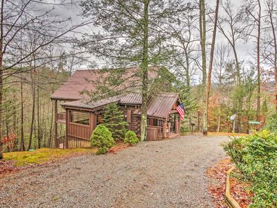 Photo for Charming Sevierville Cabin w/Hot Tub & Game Room!